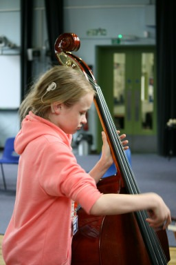 Movement and Gesture: a multi-sensory approach to music-making with hearing impaired pupils